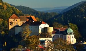 Burg und Schloss in Petschau