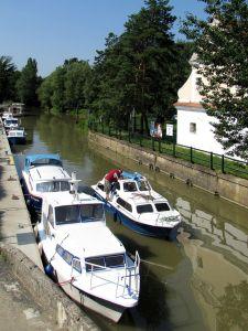 Bata - Kanal in Strážnice