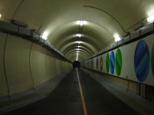 Tunnel in dem Wasserkraftwerk