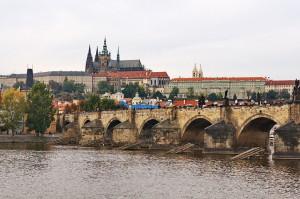 Karlsbrücke und Prager Burg